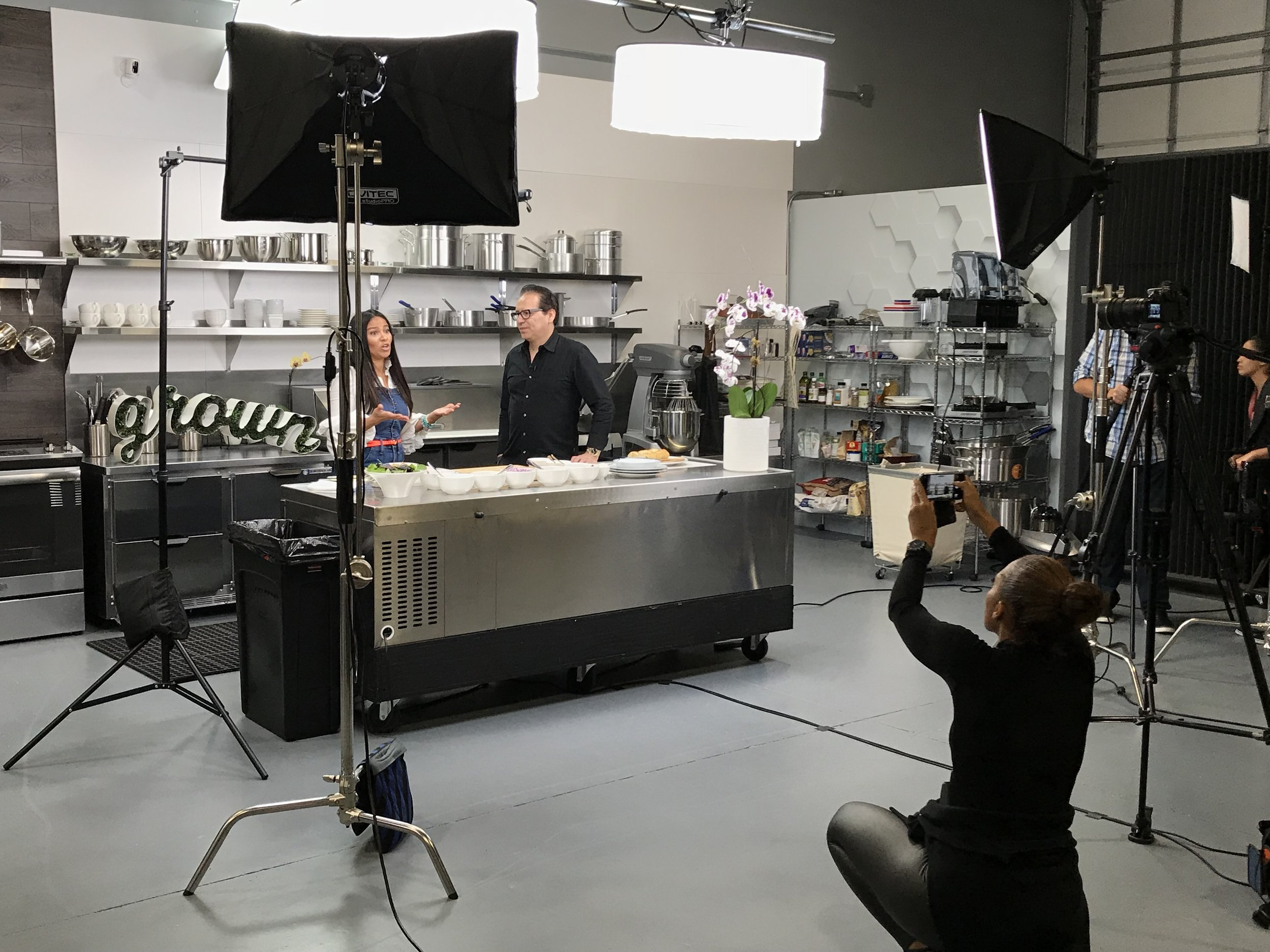 Grown's Shannon Allen filming her segment on Foodable's Smart Kitchen & Bar Show |   Foodable Network