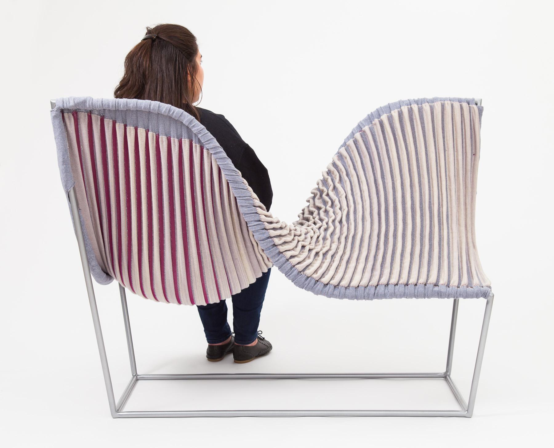 Stretch Lounge