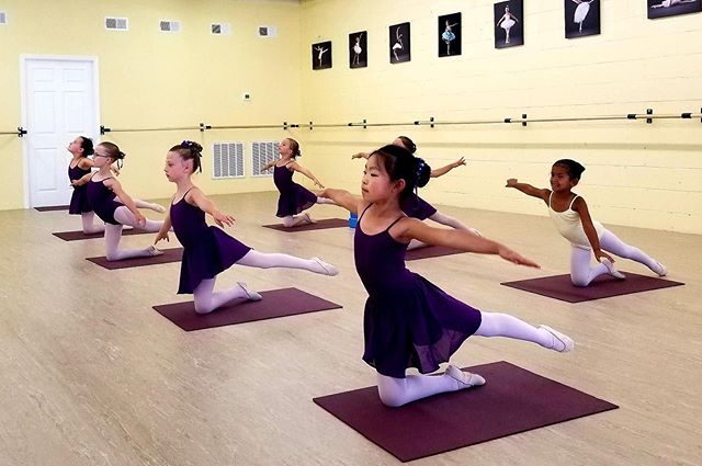 Ballet IV working hard on their arabesque in class with Mr. Val. #ballet #futureofballet #hardwork #vaganovatraining