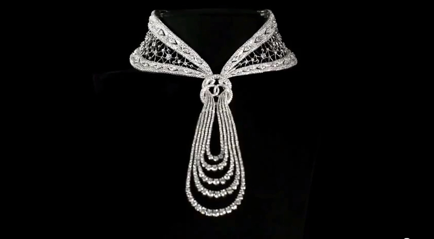 Reena Ahluwalia_Forevermark Promise_Eternal Diamond Necklace2.jpg