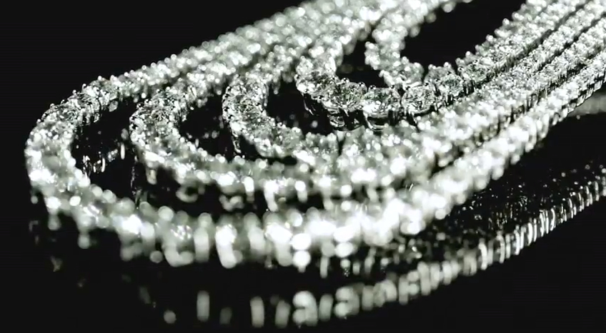 Reena Ahluwalia_Forevermark Promise_Eternal Diamond Necklace7.jpg