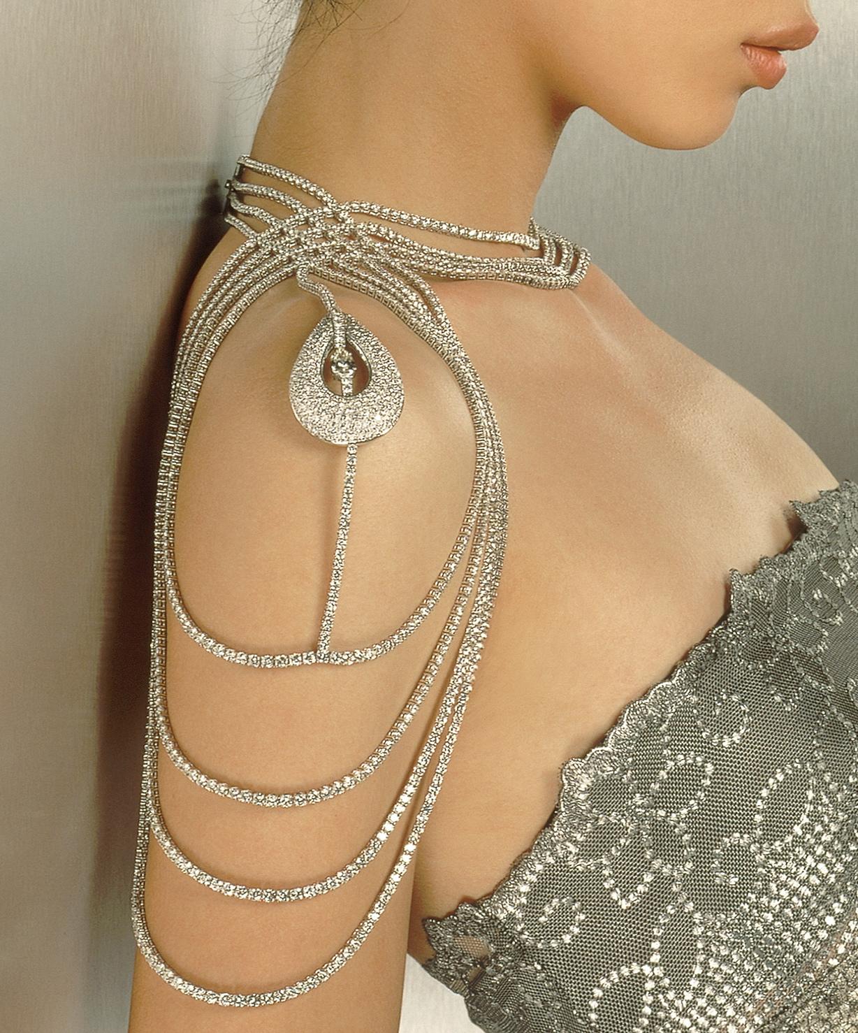 Reena Ahluwalia_Sensuous_De Beers Diamonds-International Awards 2000_photo Albert Watson1.jpg