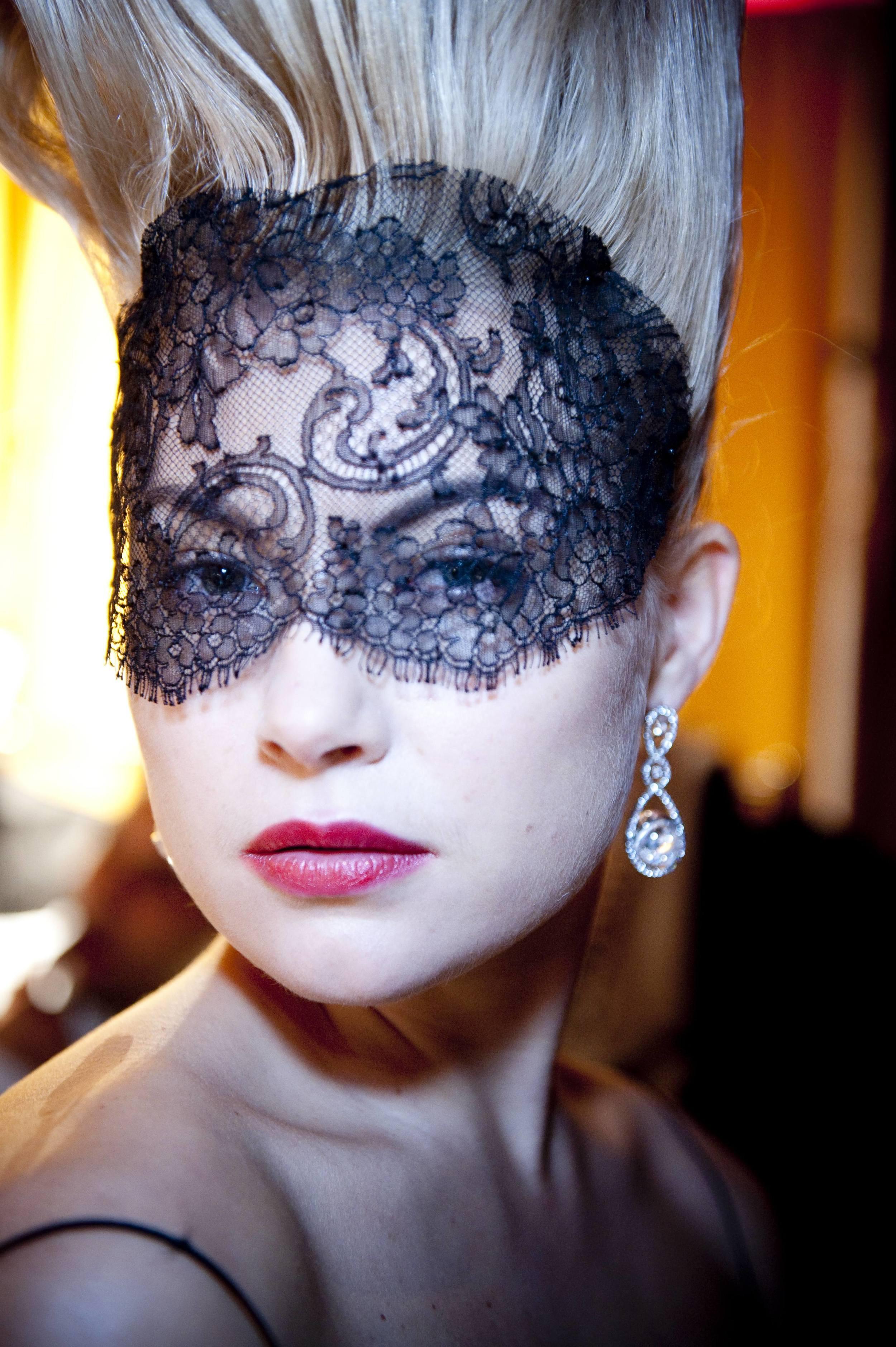 Reena Ahluwalia_Stars of Africa_Royal Asscher_Earrings_Lingerie NY.jpg