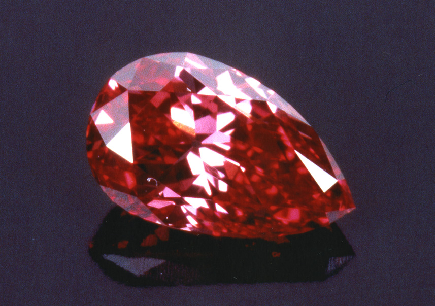Image by: Stephen Hofer. The Rob Red Diamond, 0.59-carat.