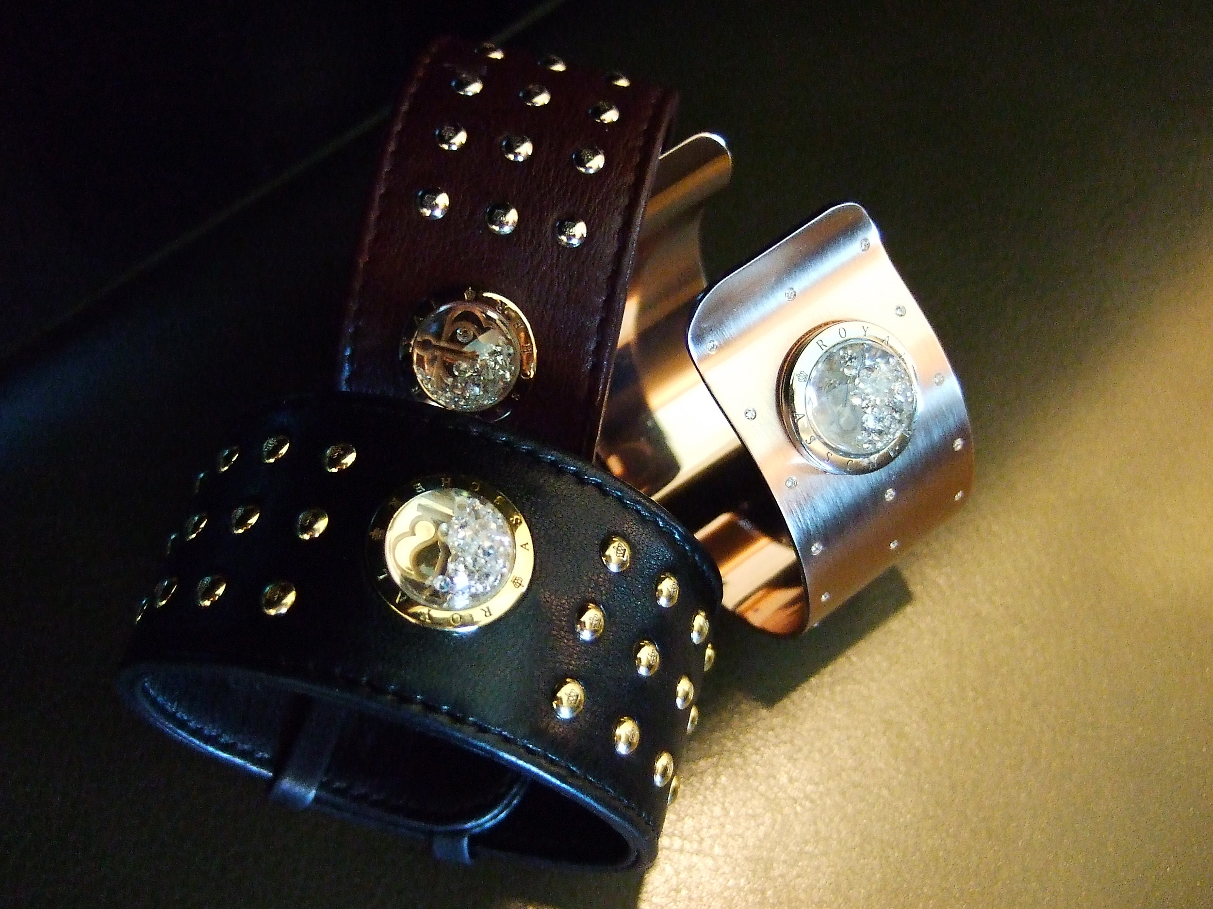 Latest from Royal Asscher & Reena Ahluwalia - Floating-diamonds cuffs in leather and plated gold!