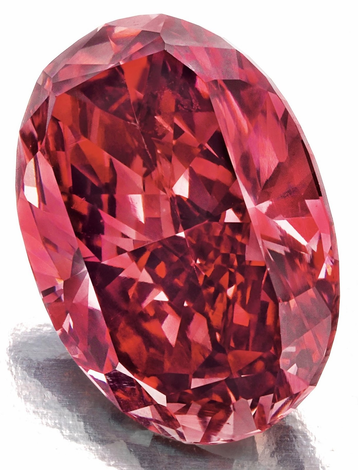 A 1.42-carat, oval-cut fancy red VS2 diamond sold for $2.16 million or more than $1.5 million per carat at the Christie's Magnificent Jewels Sale, December 2014. Image: Christie's