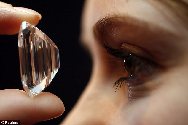 100.20-Carat, Type IIa, Internally Flawless 'Perfect Diamond' could fetch $25 Million in auction in New York in 2015. Photo courtesy: Reuters