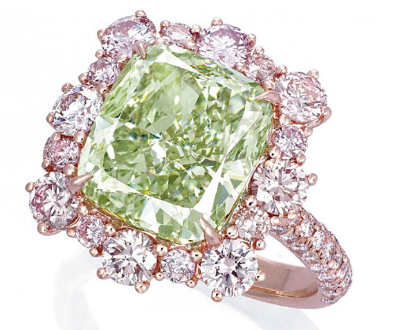 The cushion-shaped fancy intense green diamond weighing 6.13 carats, within a brilliant-cut pink diamond surround, extending to the half-hoop, mounted in 18k rose gold. Image: Christie's