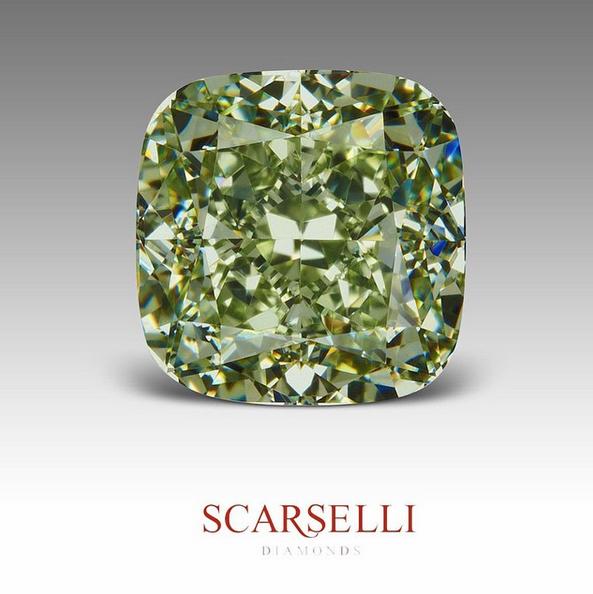 A magnificent 3.15 carat, Fancy Intense Yellowish Green diamond. Vs1. Image:    Scarselli Diamonds