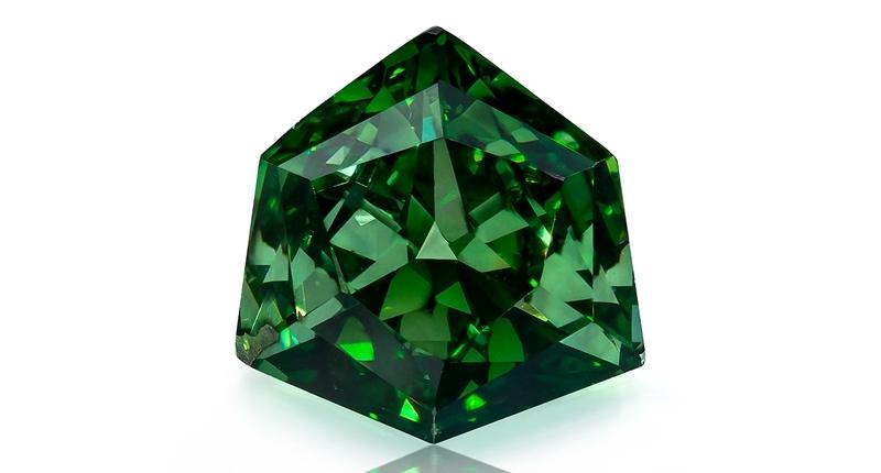 A 0.58-carat fancy vivid green diamond. Image credit:    Optimum Diamonds LLC   , Copyright ©Digital Jewelry Photography