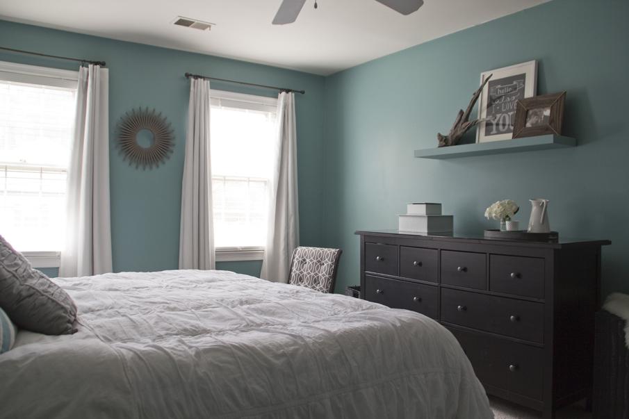 HomeInterior_Bedroom_031313_0010_CC_905px_905.jpg
