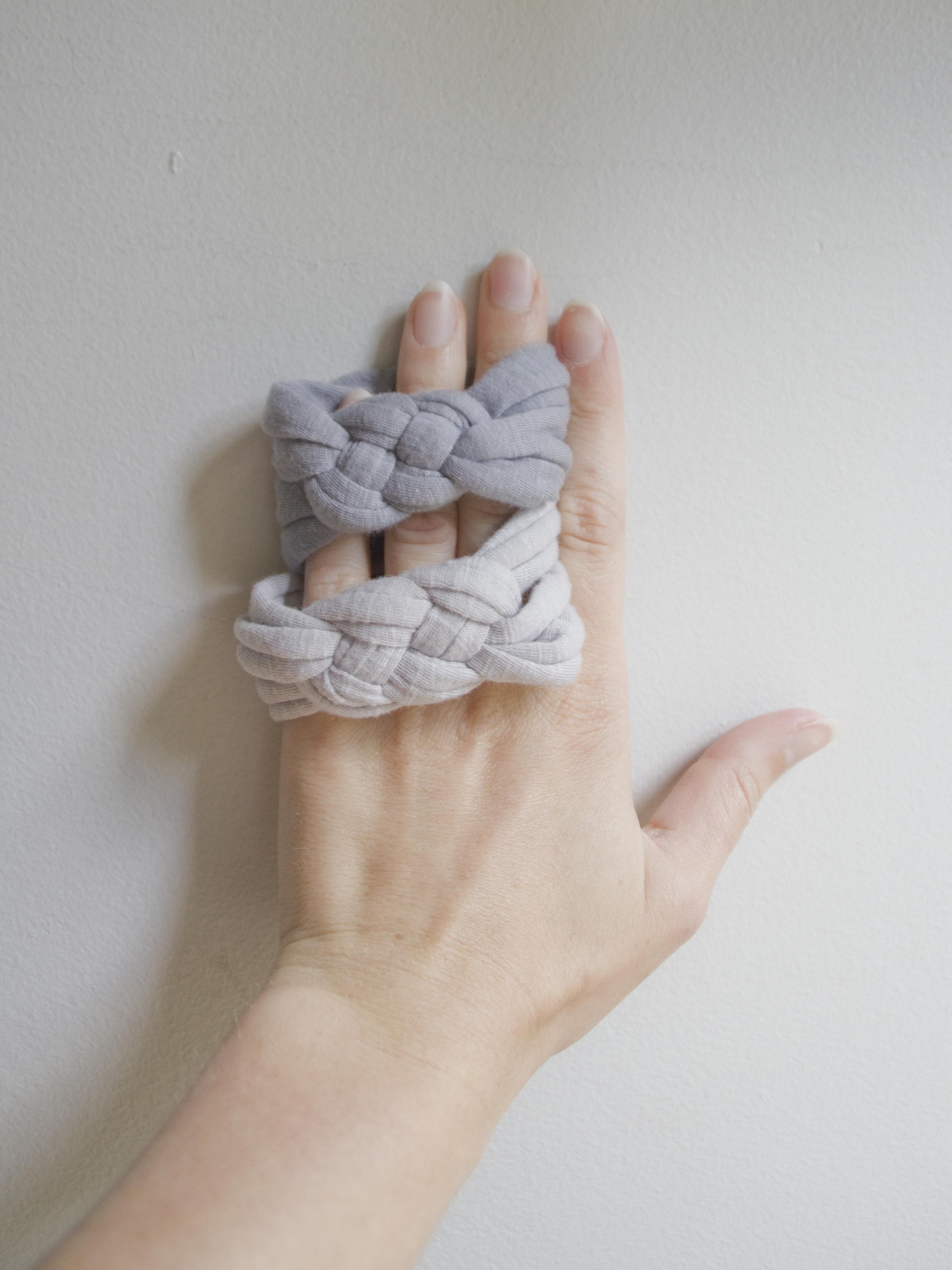 Bracelets&Hand-Vertical2071514CC.jpg