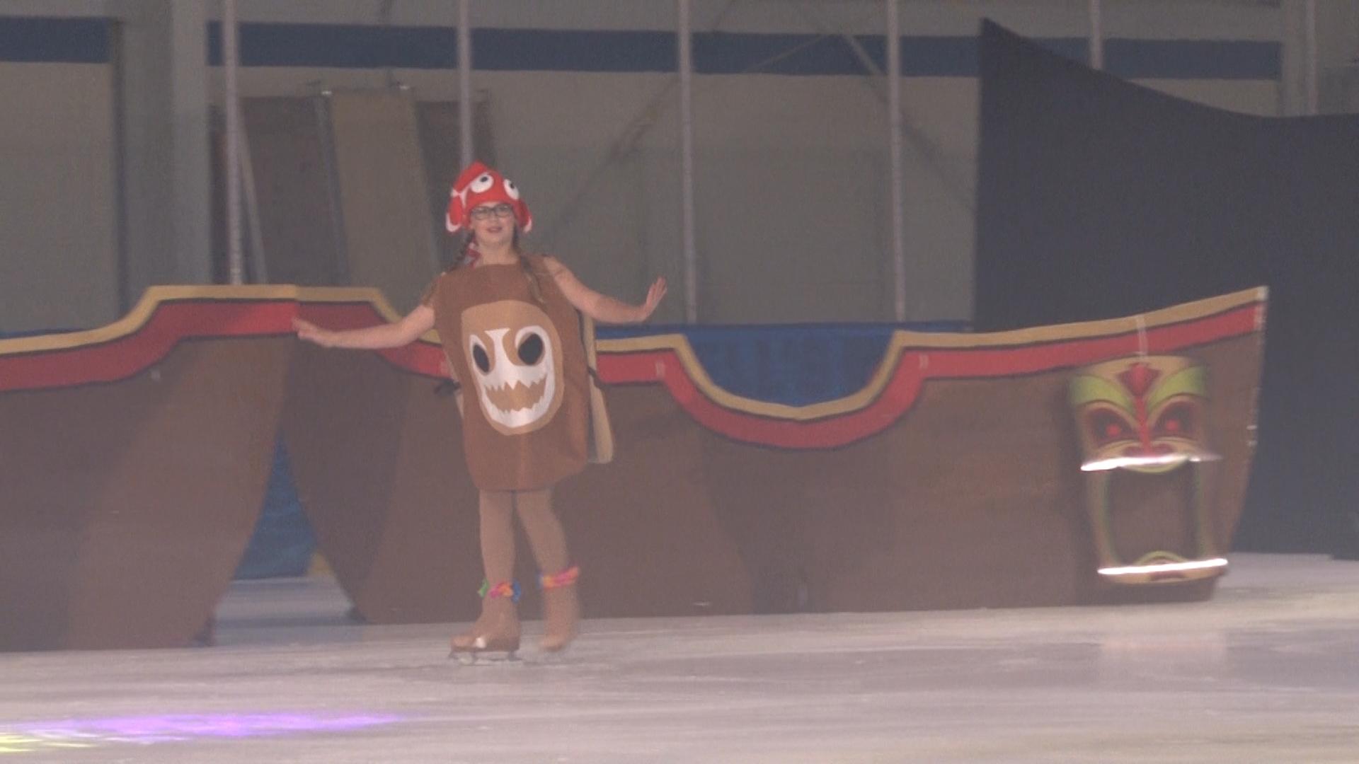 Power Play Maui Skate on Ice 071417.00_59_12_12.Still092.jpg