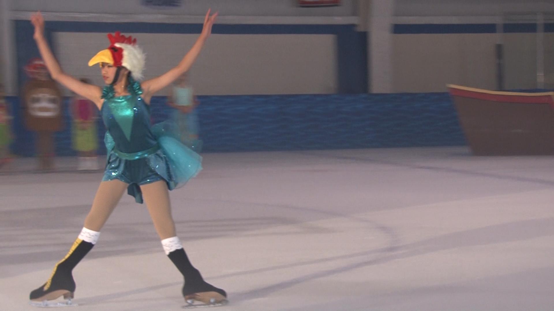 Power Play Maui Skate on Ice 071417.01_00_50_27.Still103.jpg