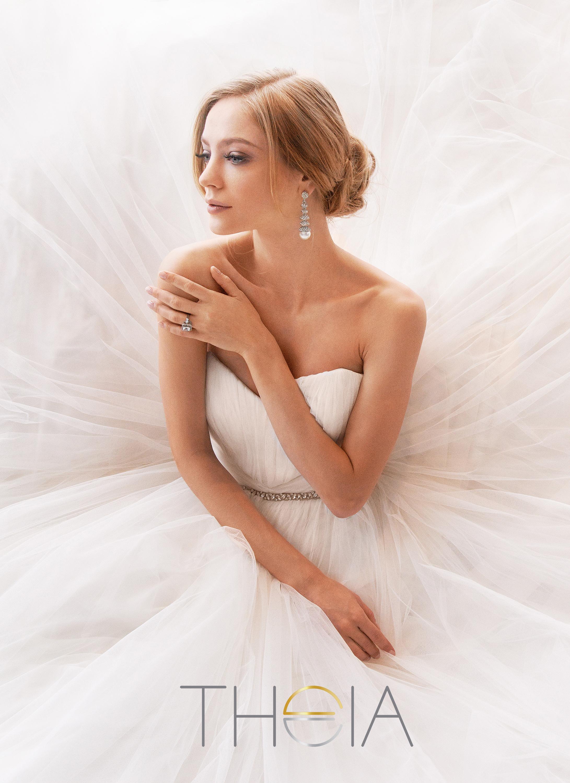 Theia-bridal-890133.jpg
