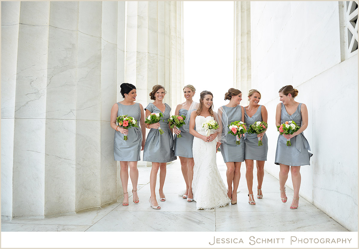 Caitlin & her bridesmaids on May 16, 2015 ♥ Jessica Schmitt Photography at the Lincoln Memorial (DC)