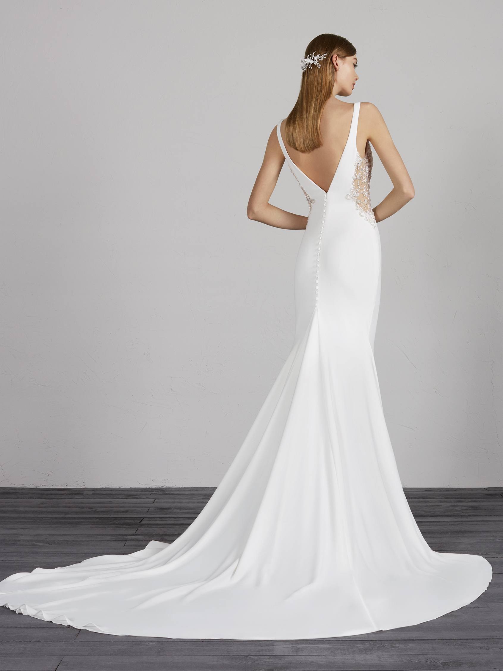 Try it on at Ellie's Bridal Boutique (Alexandria, VA) – Pronovias MAXIME