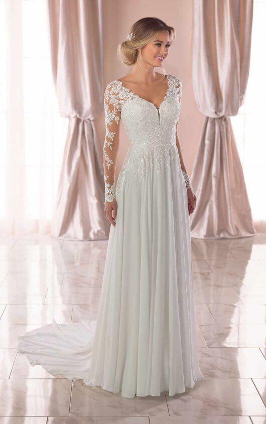 Try it on at Ellie's Bridal Boutique (Alexandria, VA) – Stella York 6843