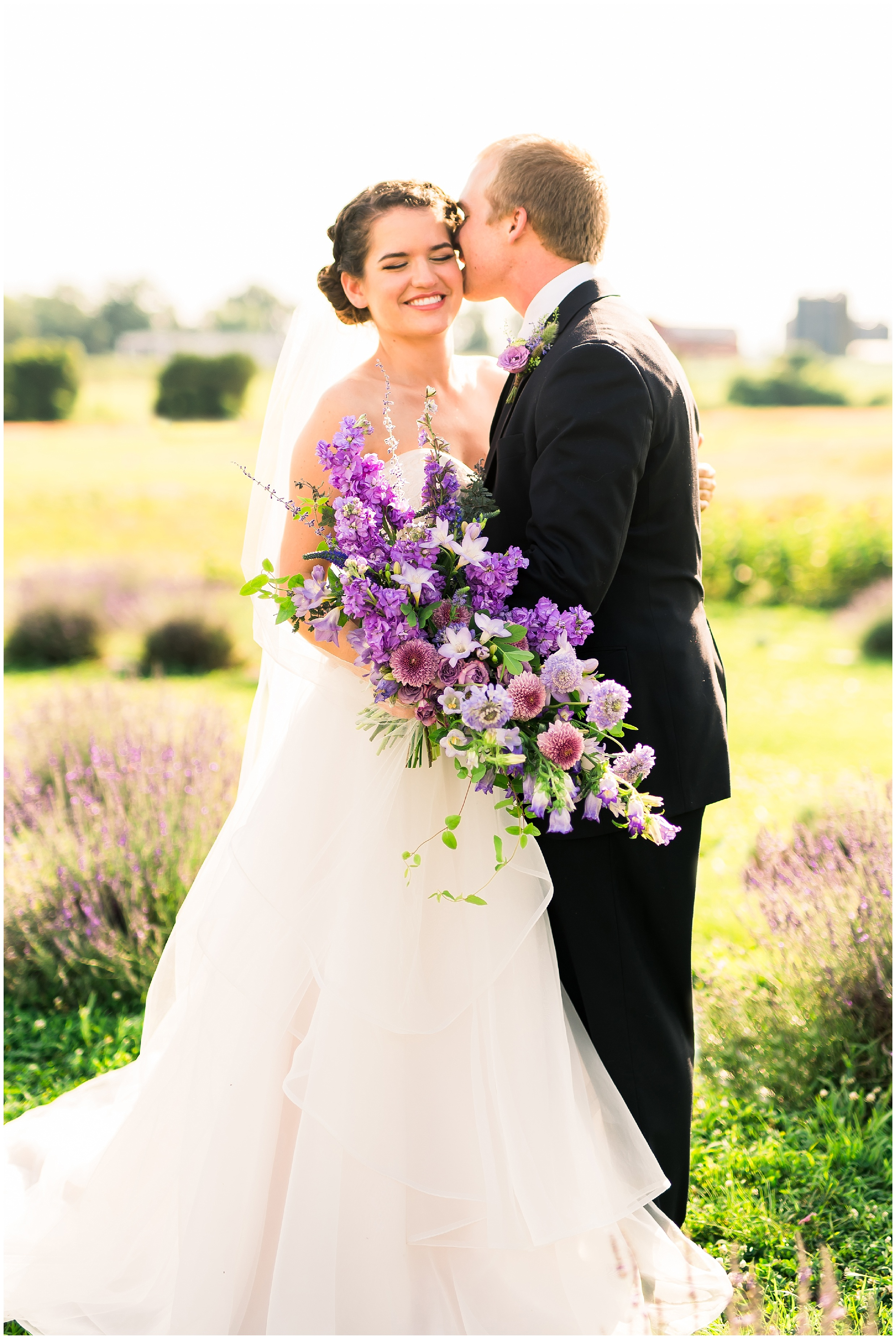 LavenderWeddingInspiration_WeddingChicks_MaddyWilliamsPhotography_0339.jpg