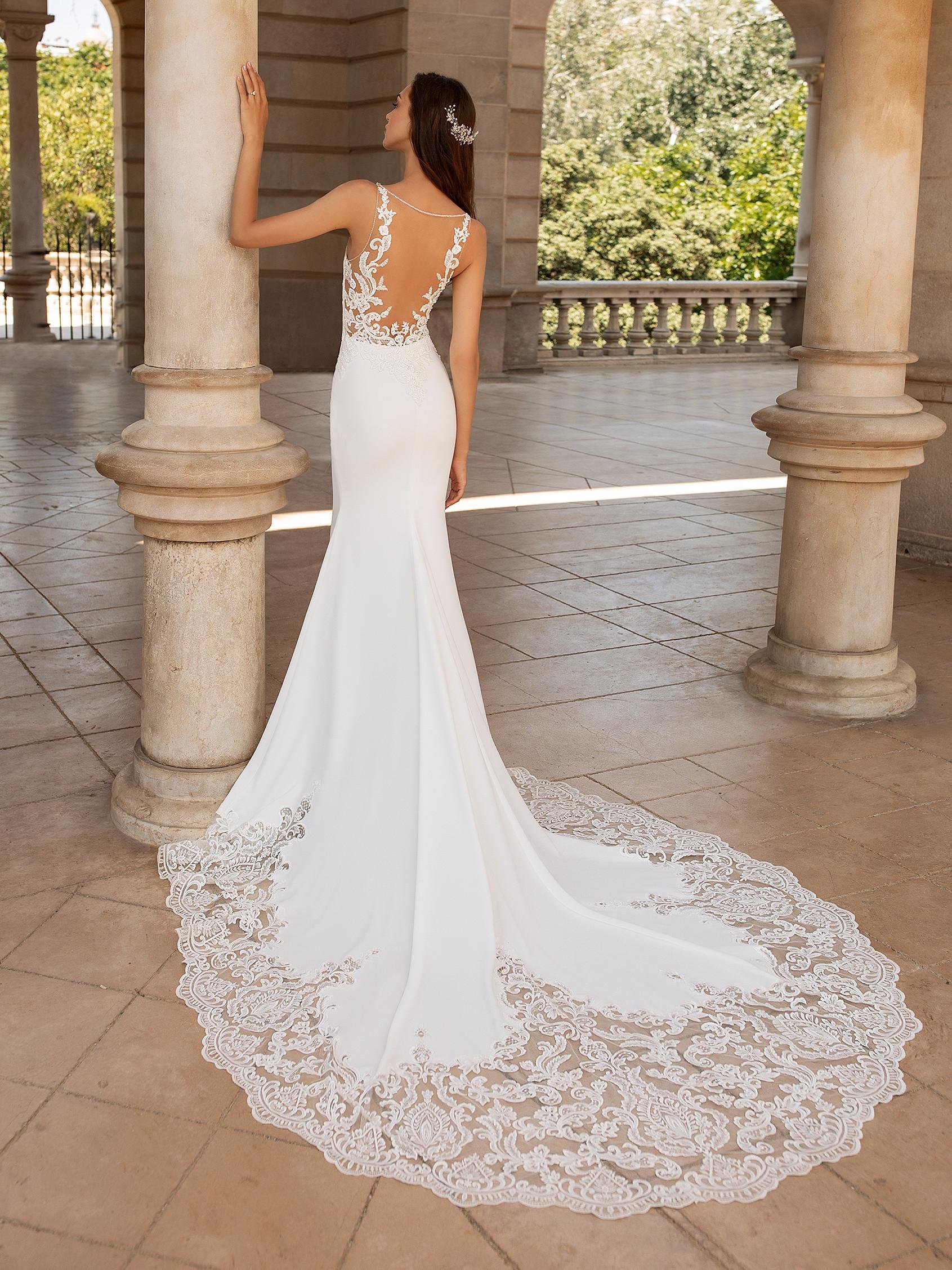 Try it on at Ellie's Bridal Boutique (Alexandria, VA) – Pronovias ERANDI