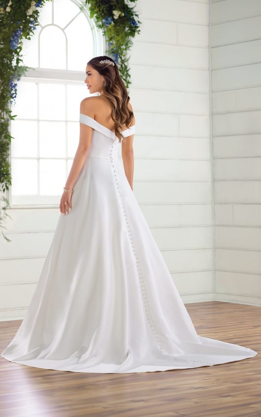 Try it on at Ellie's Bridal Boutique (Alexandria, VA) – Essense of Australia D2761