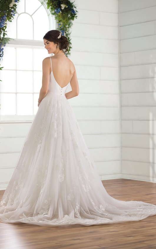 Try it on at Ellie's Bridal Boutique (Alexandria, VA) – Essense of Australia D2810