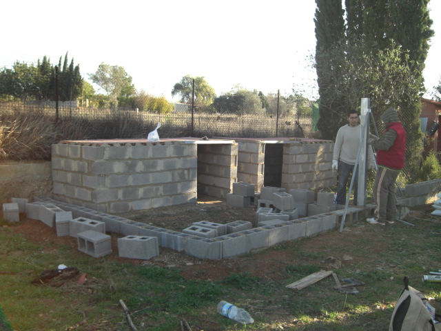 KENNEL - BLOCK KENNELS STARTED