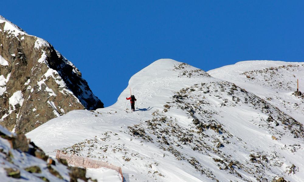 2MLB-Ridge-Hike.jpg