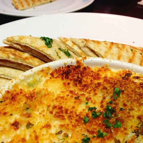 delicious-crab-dip-marlows-tavern.jpg