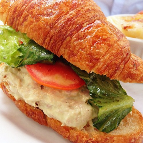 tuna-and-avocado-croissant-paris-bistro-restaurant.jpg