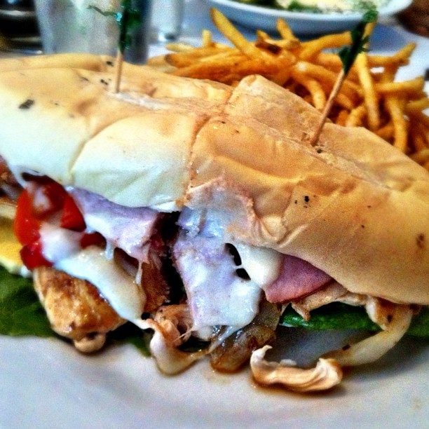 sandwich-parrillada-el-gaucho.jpg