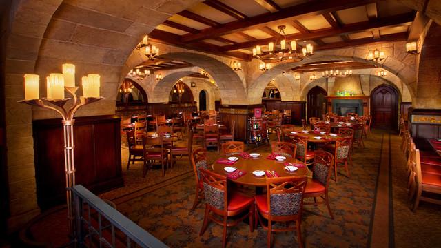 Le Cellier Steakhouse © Disney