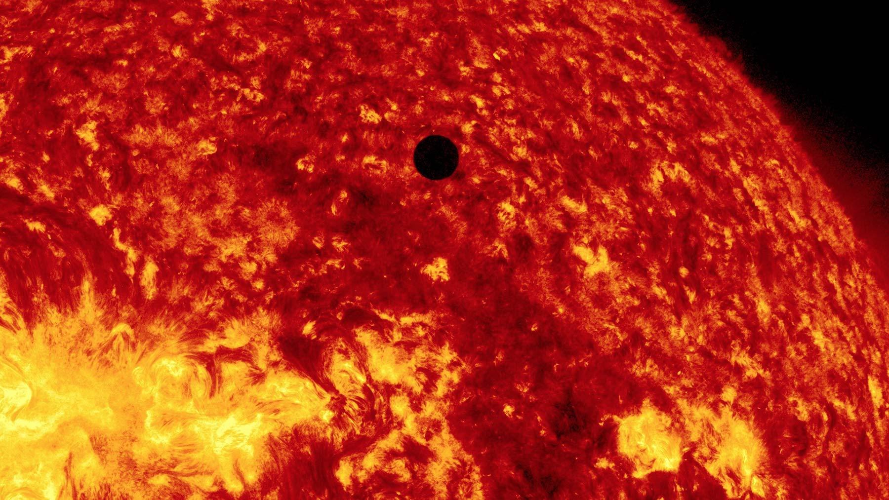 Courtesy: NASA/SDO, AIA