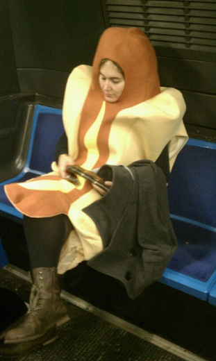 mb bus hot dog.jpg