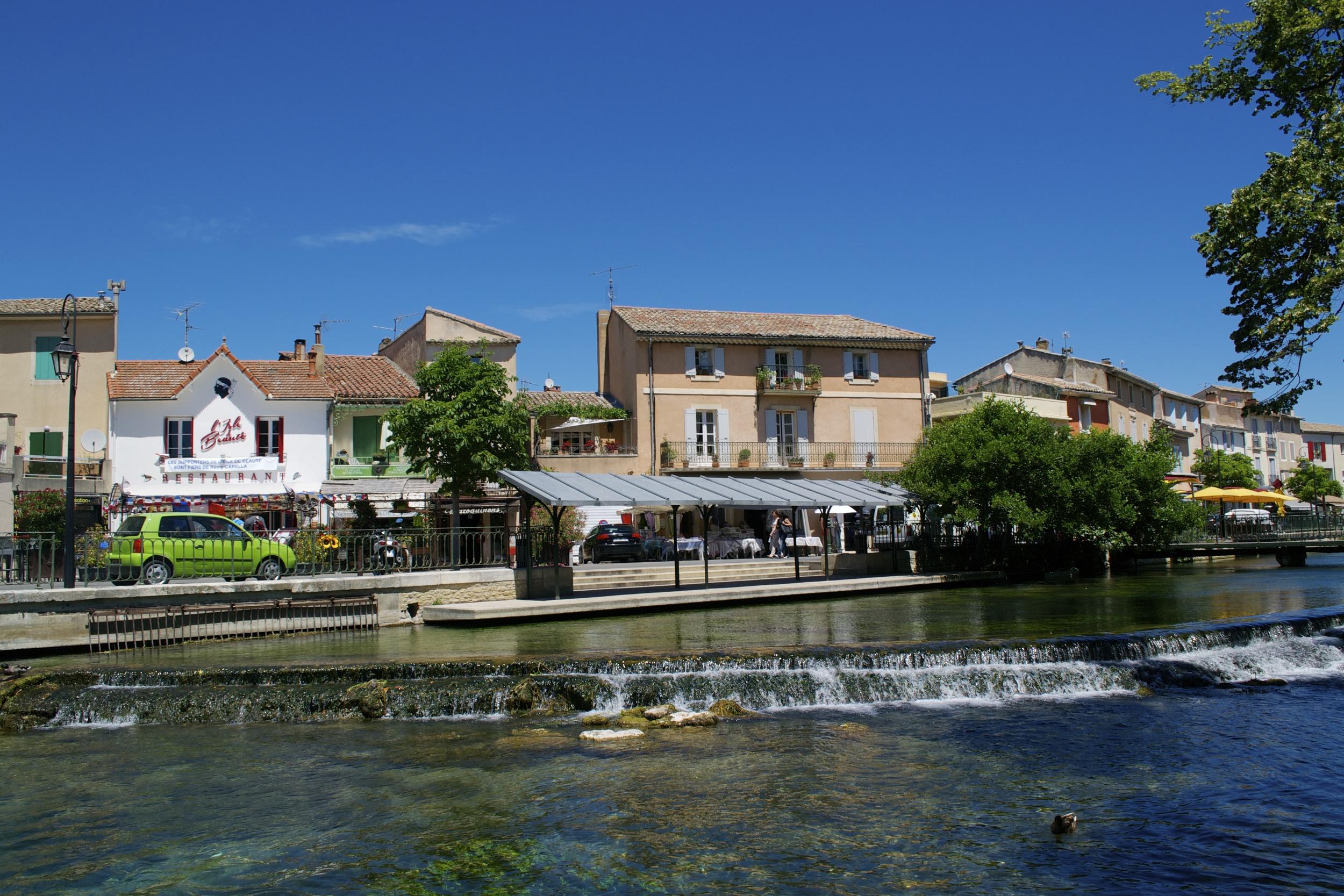 The utterly charming L'isle-sur-la-Sorgue.