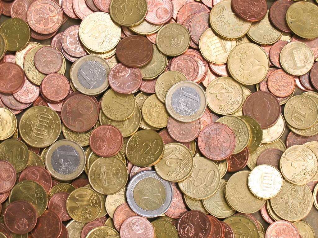 http://www.radiokerry.ie/wp-content/uploads/2012/11/Euro-coins.jpg