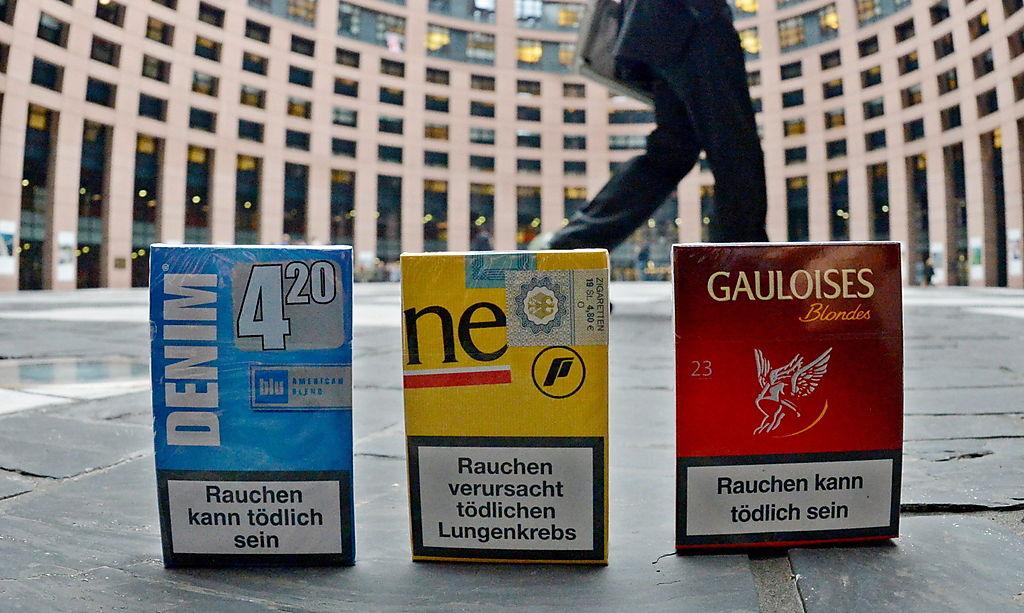 PHOTO BY PATRICK SEEGER, SOURCE:http://diepresse.com/home/politik/eu/1462132/65-Prozent-der-Zigarettenpackung-werden-Warnhinweis