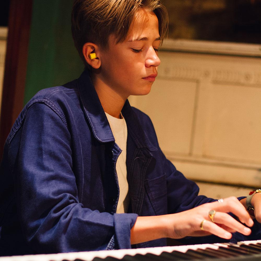 Piano 06.jpg
