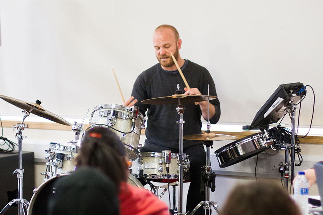 Will Champion - Coldplay (2017)