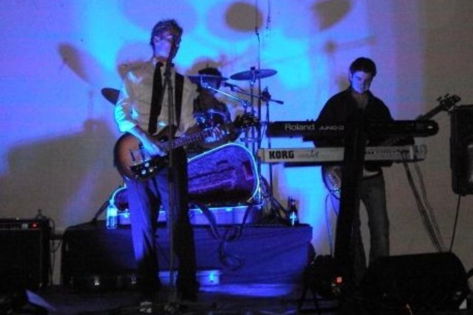 band8.jpg
