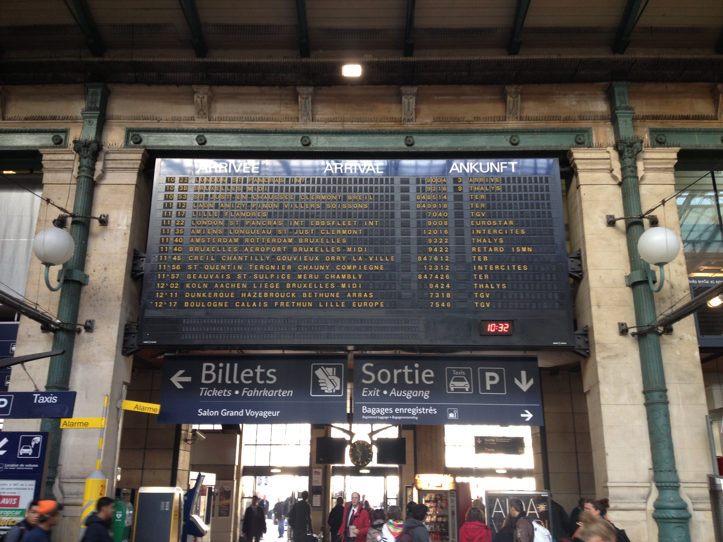 arriving in paris' train station from london.