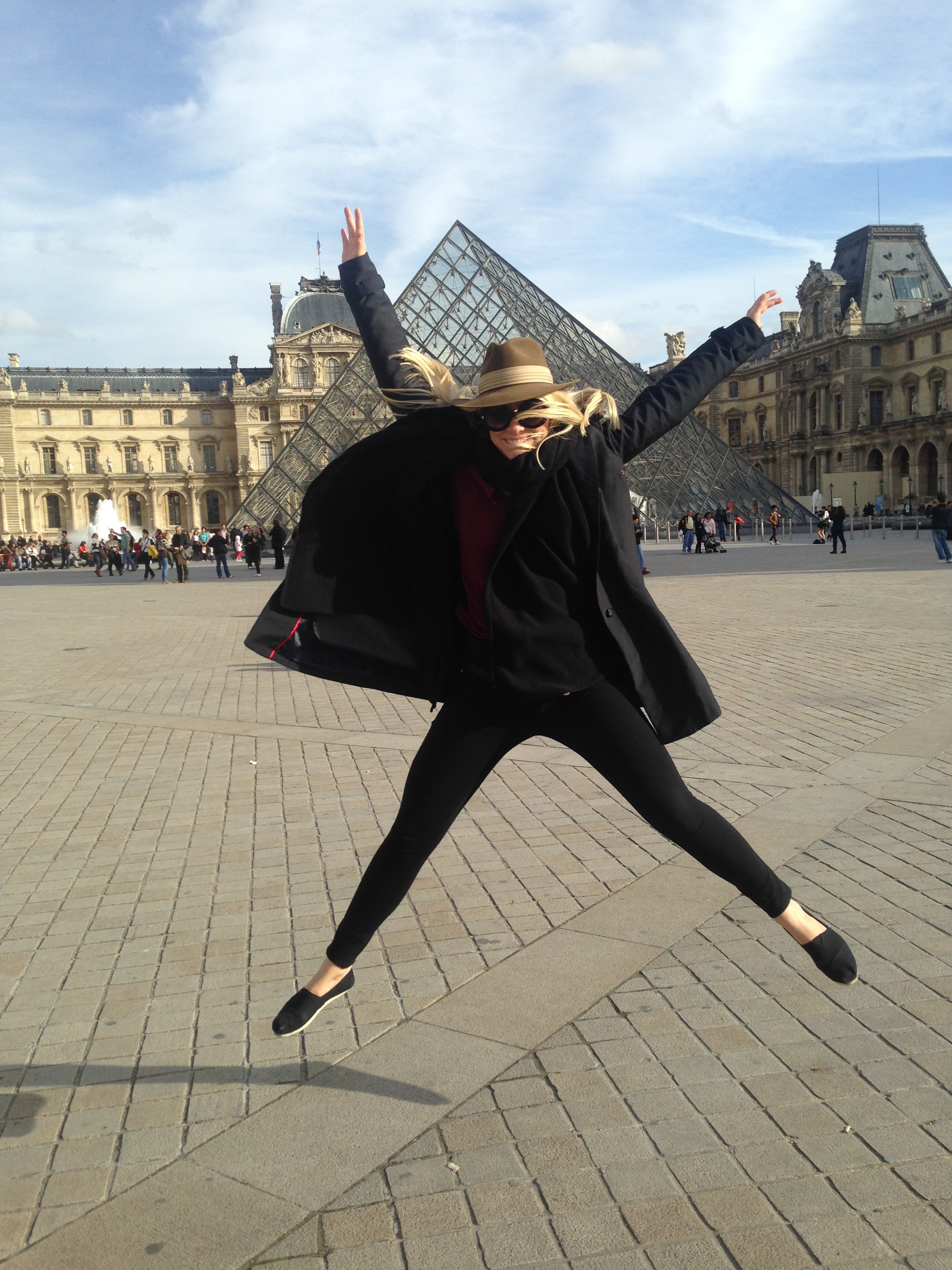 standard silliness outside the louvre.