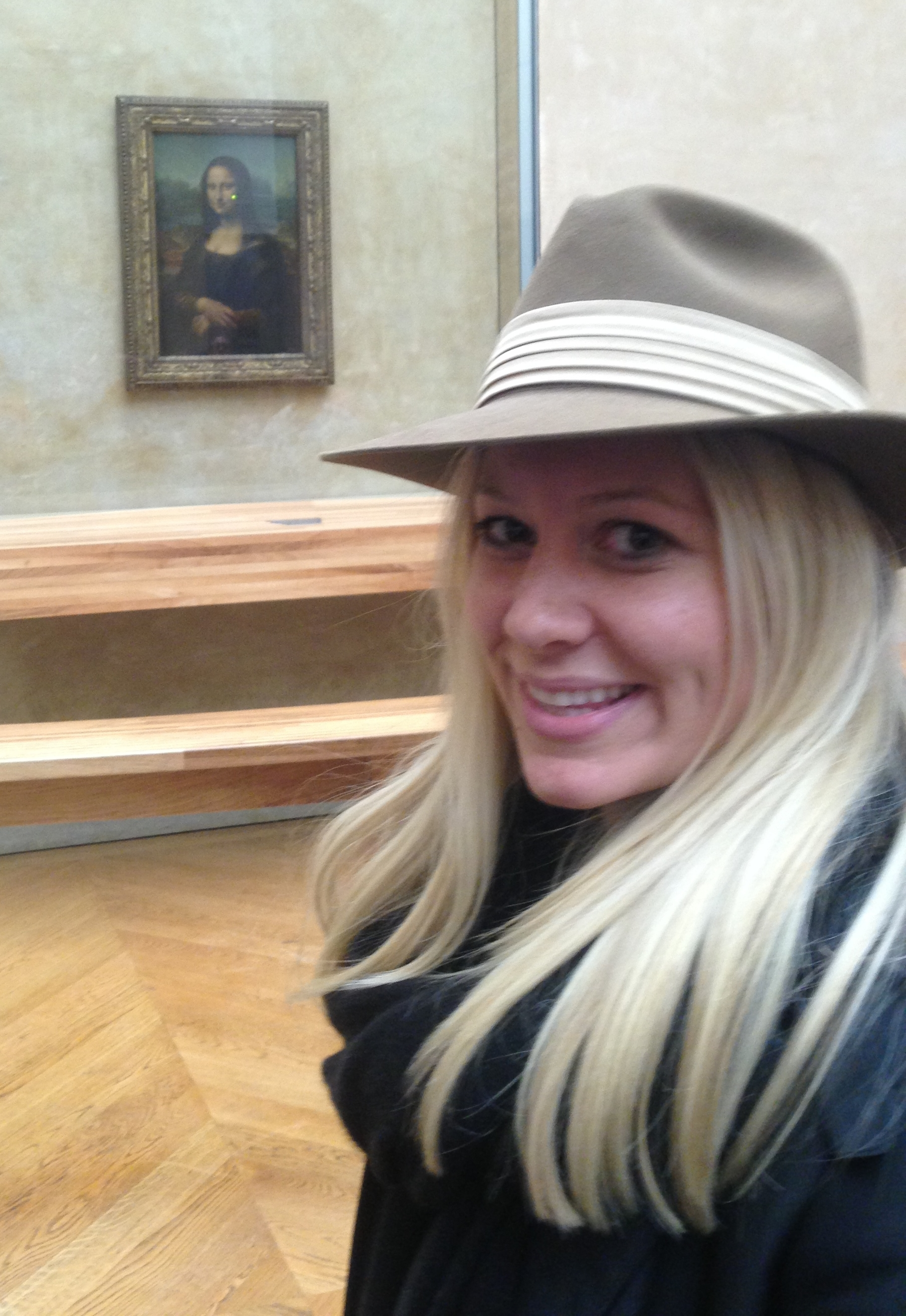 mona lisa, whatever at the louvre.