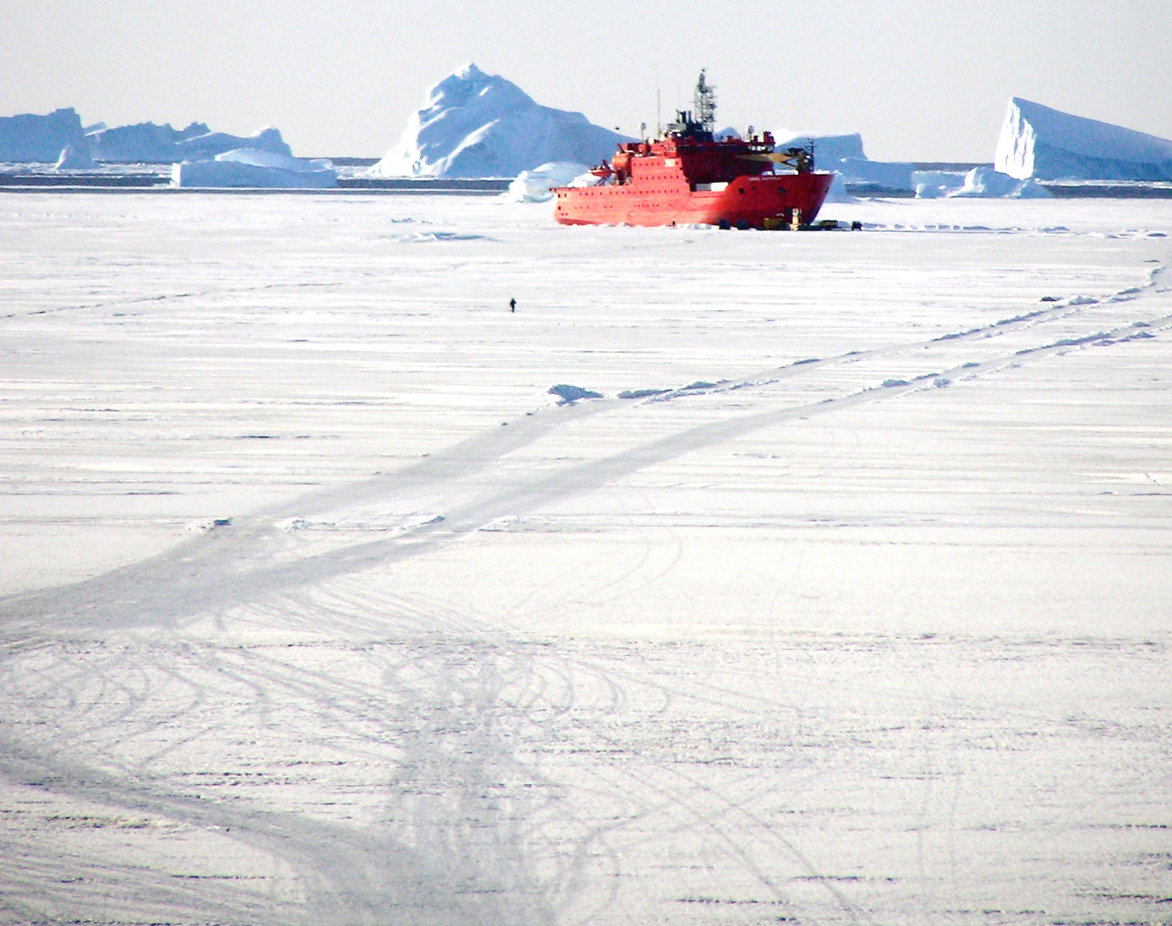 Finally, stuck fast in the ice of Antarctica, a gentle stroll from the station.