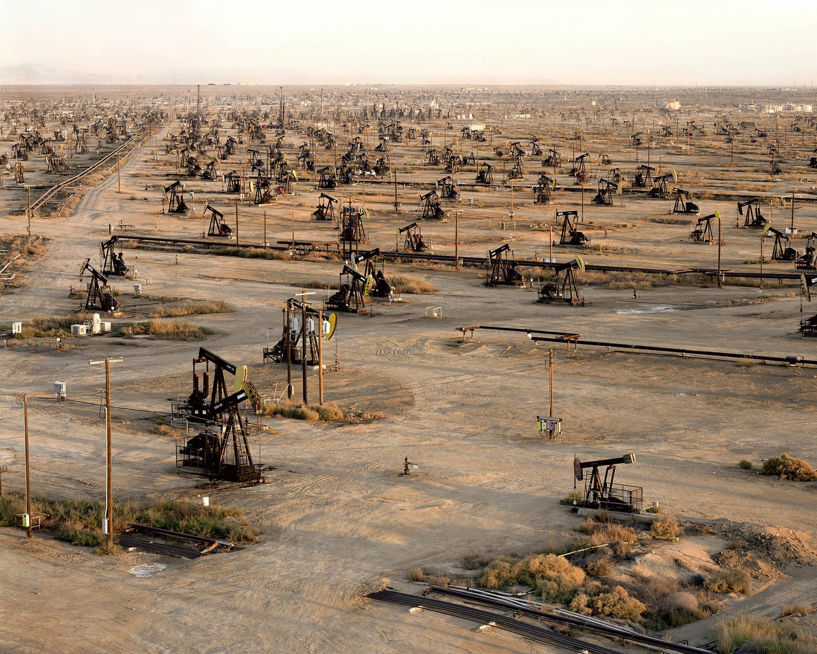 Edward Burtynsky - Oil Fields