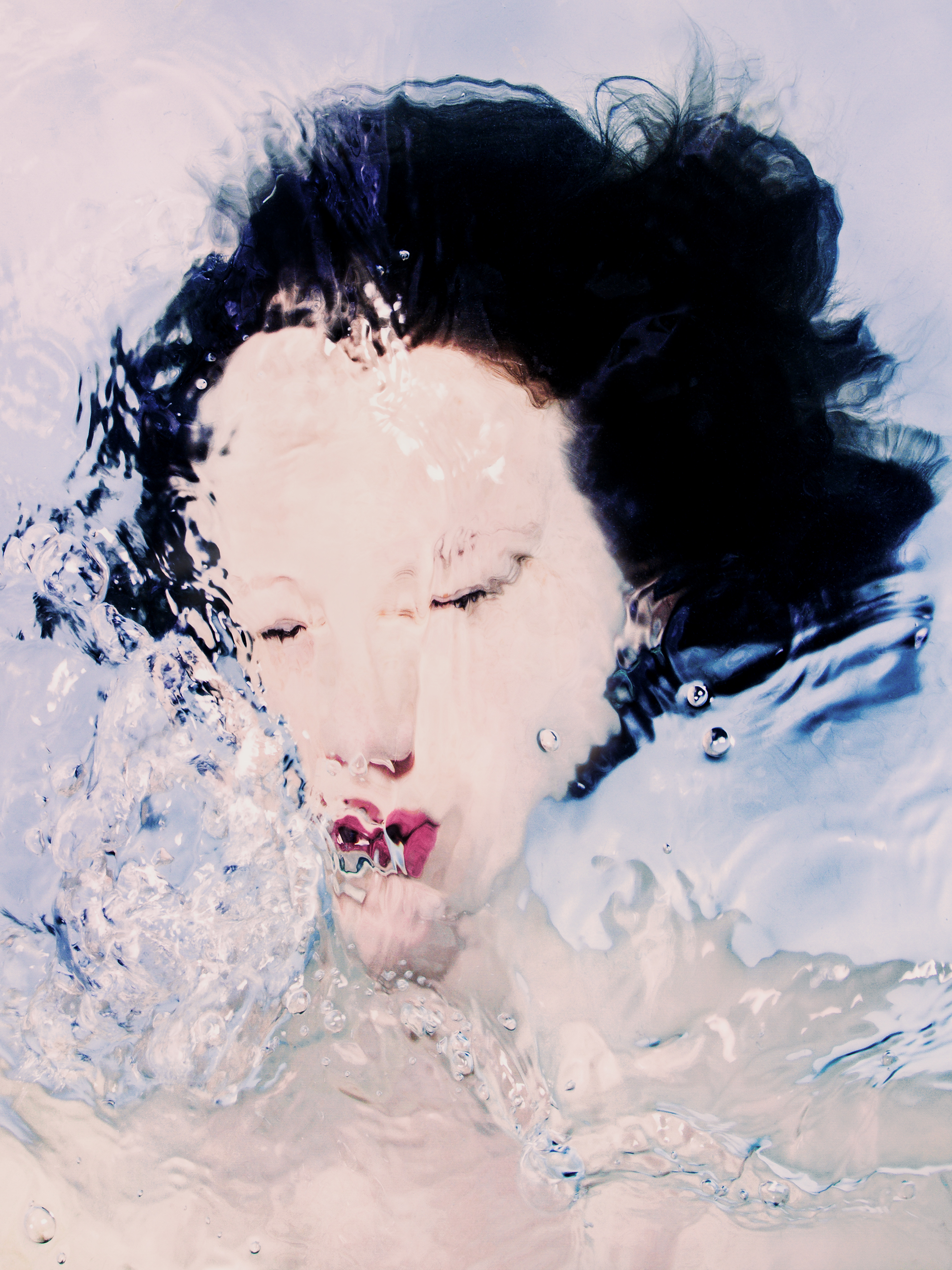 I-don't-know-you-anymore-Submerged-Portrait-Matthew-Coleman-Photography-3