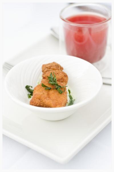 Hühnerschnitzel mit Melonensuppe