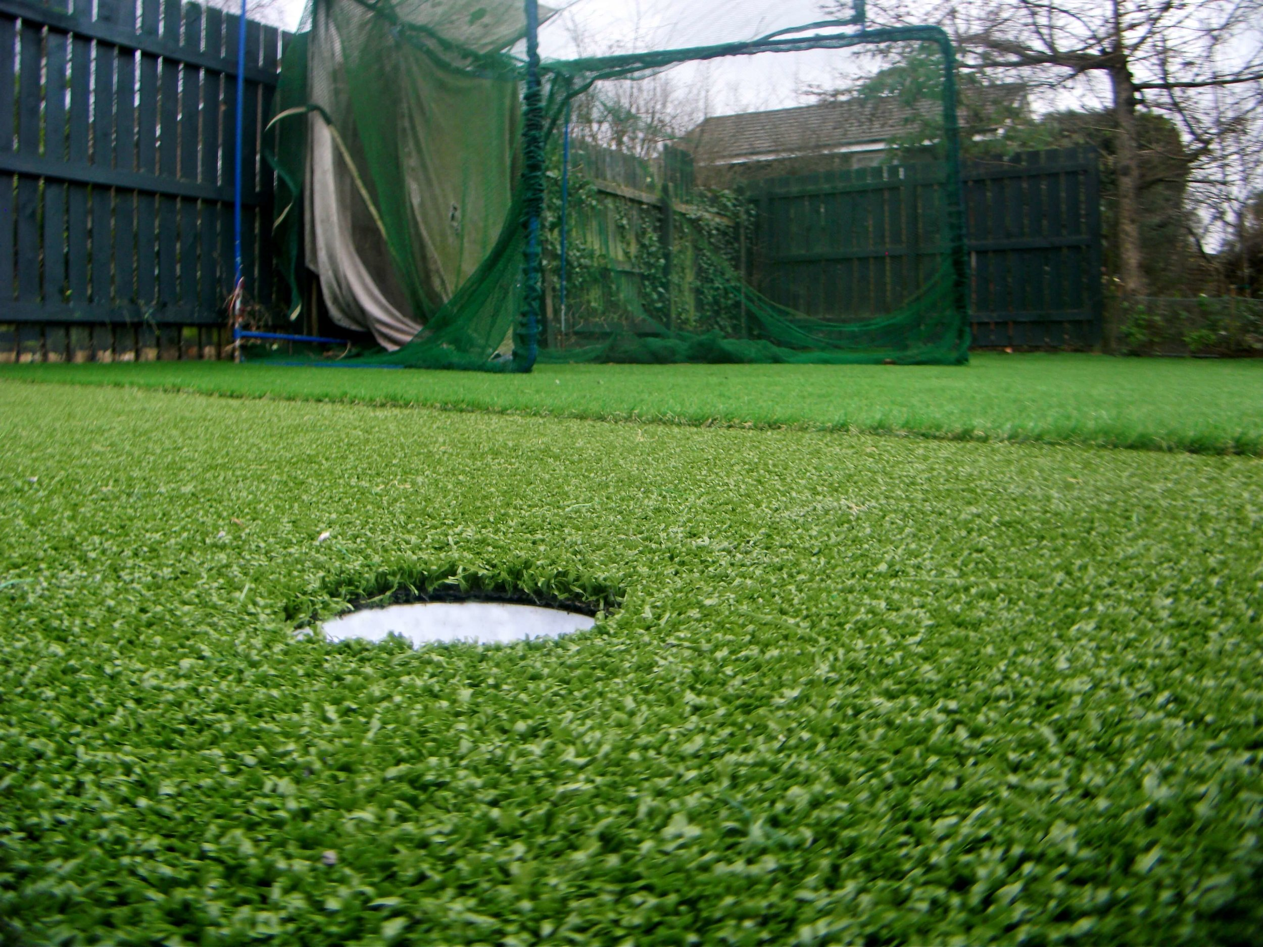 artificial-grass-golf-area.jpg