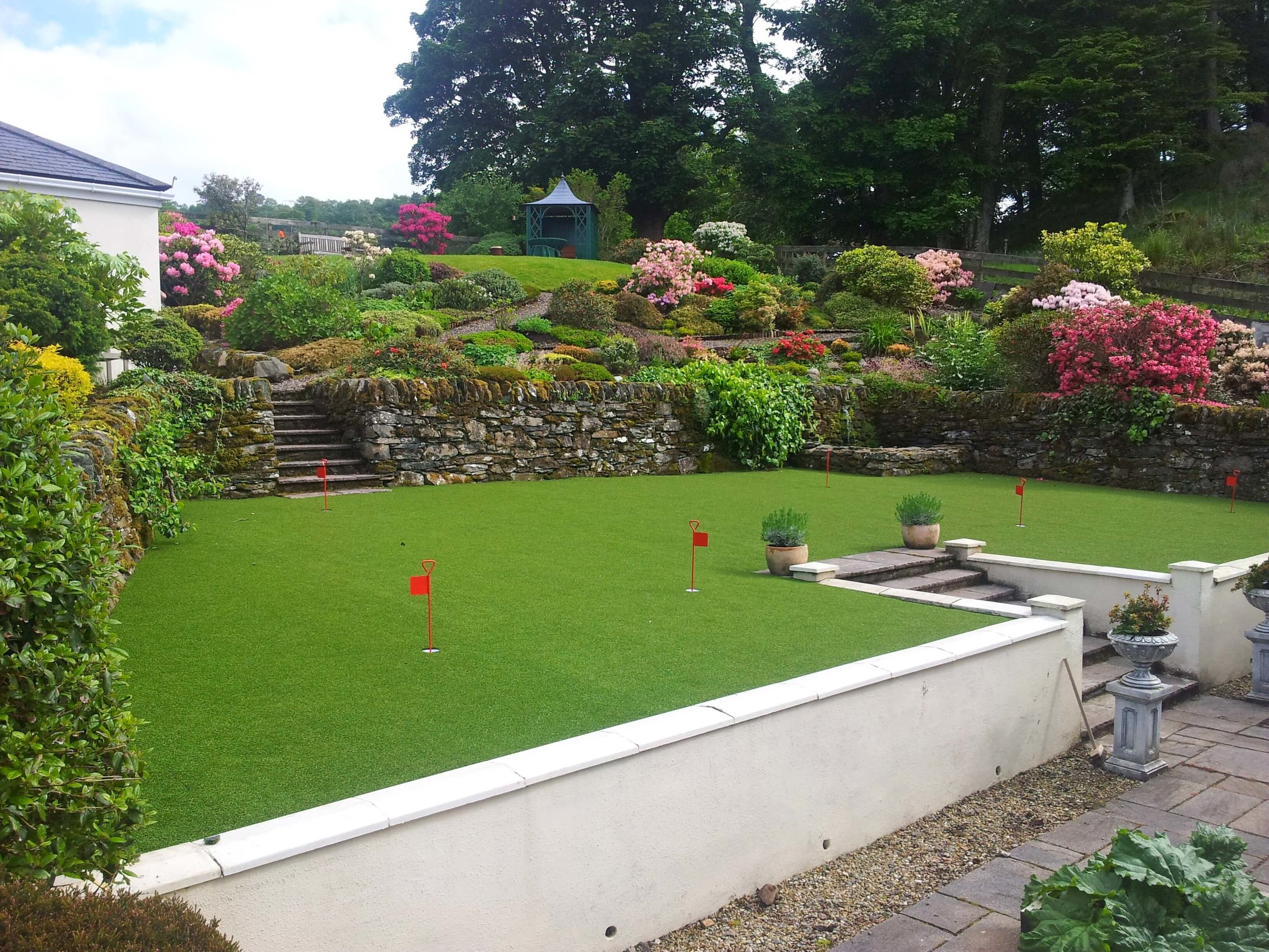 artificial-grass-putting-green.jpg