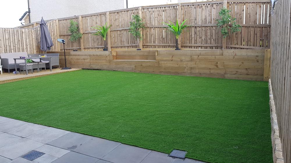 artificial_grass_installation_edinburgh_scotland.jpg